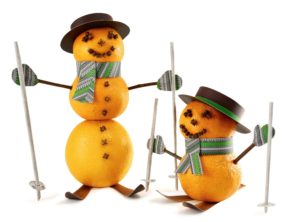 снеговики из мандаринов