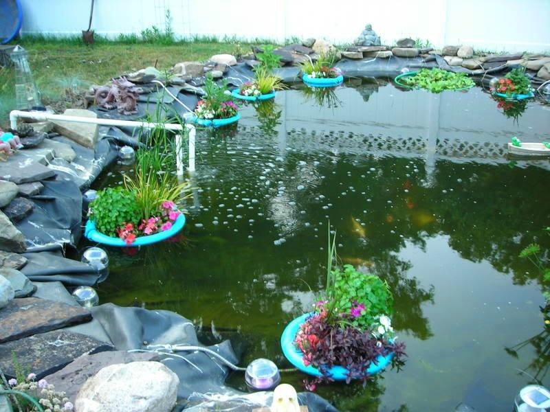 Круглые плотики с цветами