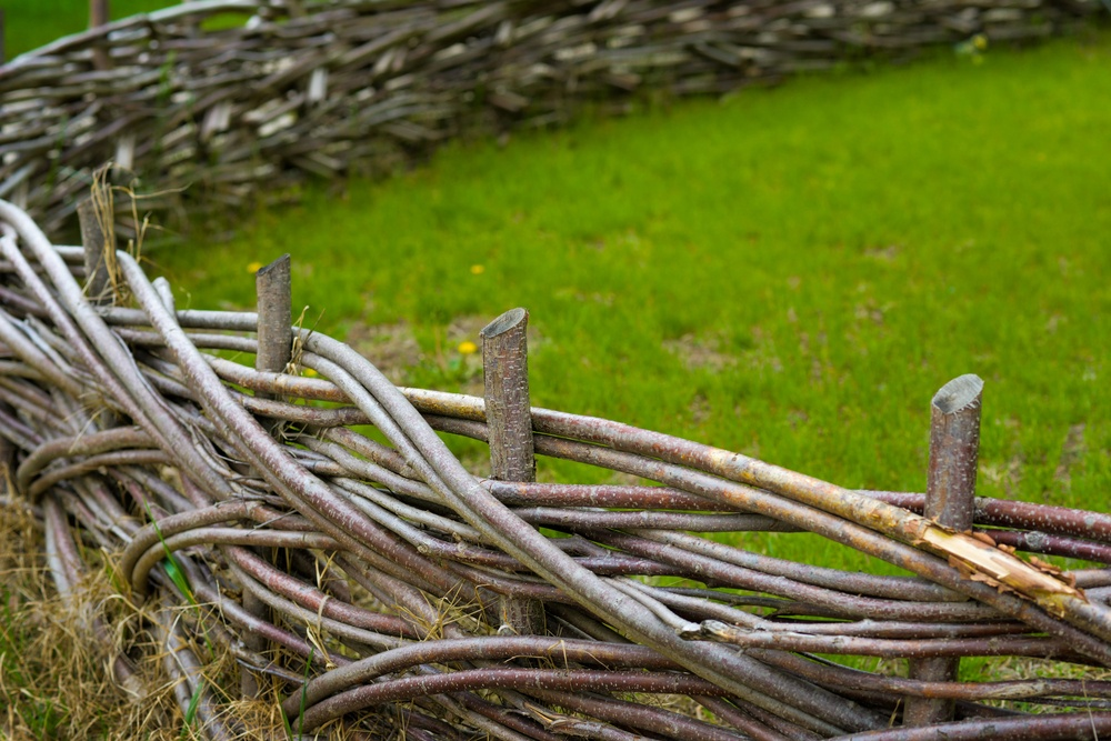 Оригинальные способы переплетения прутьев