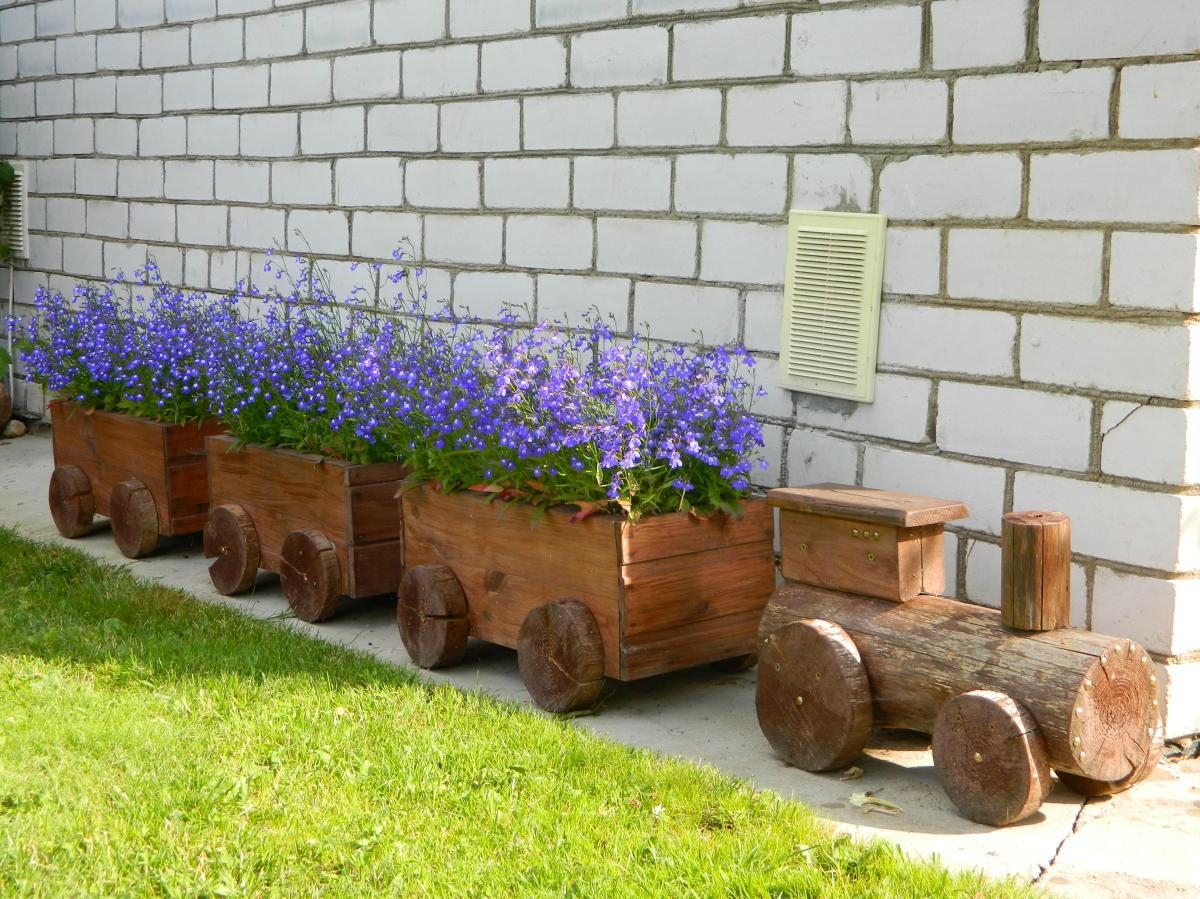 Ящики для цветов на даче своими руками