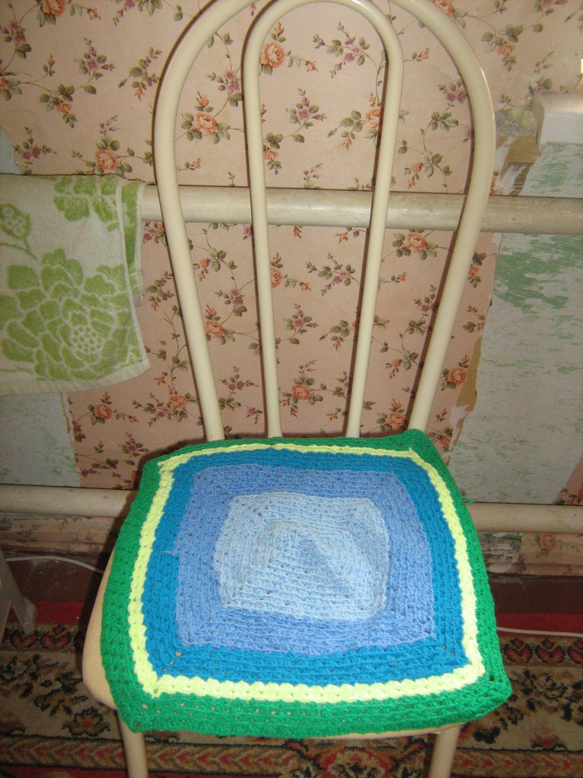 Вязаные сидушки на стулья своими руками